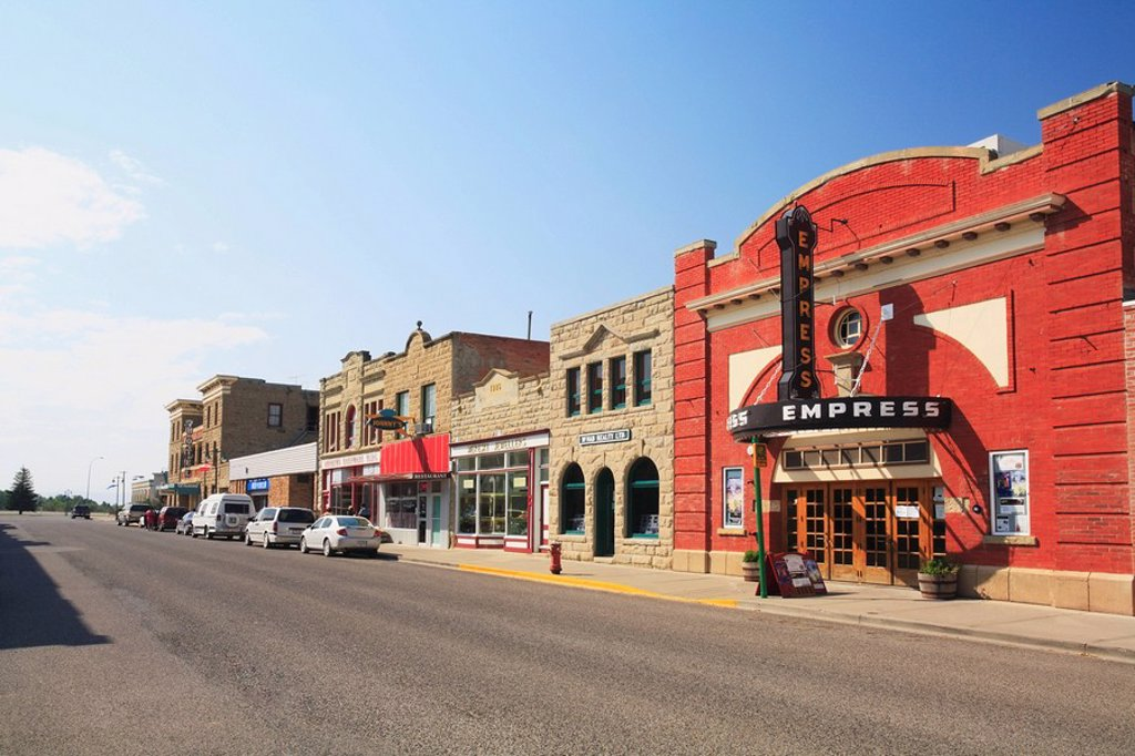 Nestled on Fort McLeod´s historic Main Street, the Empress Theatre is Alberta´s oldest theatre at 95 years of age  Fort McLeod, Alberta, Canada : Stock Photo