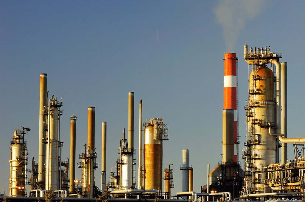 Oil refinery, Edmonton, Alberta, Canada : Stock Photo