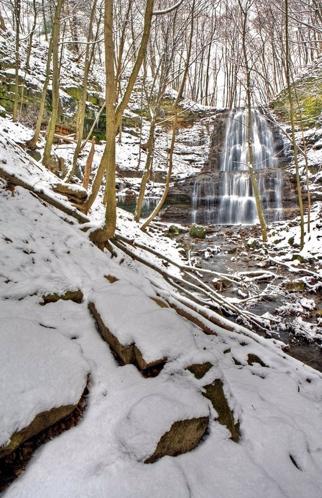 Sherman Falls and Ancaster Creek in winter, Bruce Trail, Niagara Escarpment, Hamilton, Ontario, Canada : Stock Photo