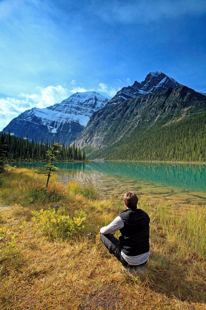Deck chair overlooking Lake Cavell and Mount Edith Cavell. : Stock Photo