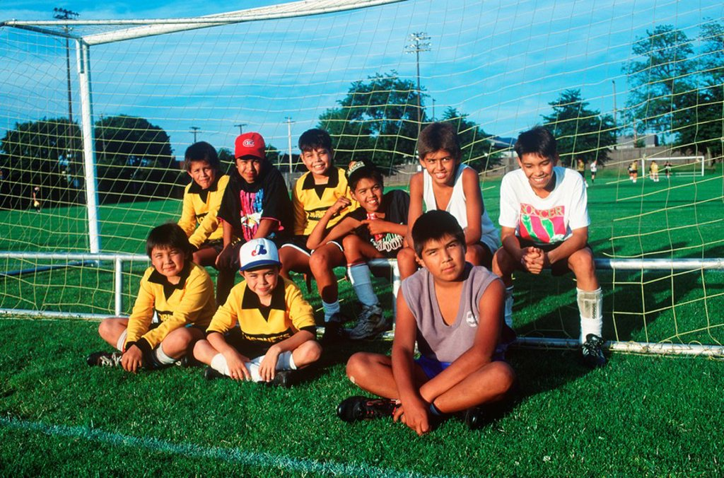 Stock Photo: 1990-23428 First Nations culture, youth soccer team, Vicoria tournament, British Columbia, Canada