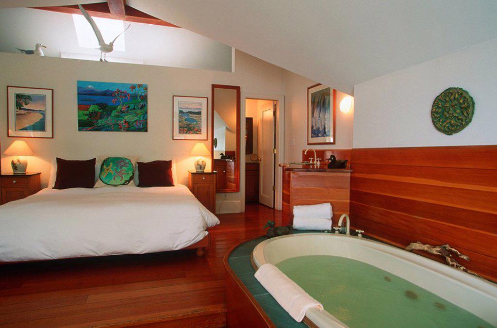 Sooke harbour House, room interior, Vancouver Island, British Columbia, Canada : Stock Photo