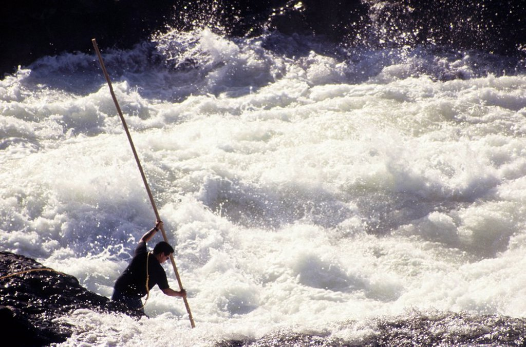 Native fisherman, Moricetown Canyon, Bulkley river, British Columbia, Canada : Stock Photo