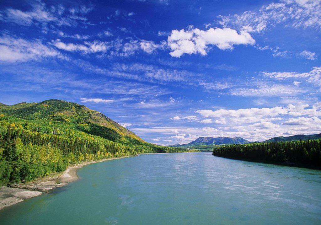 Stock Photo: 1990-27366 Liard River, Muskwa Kechika Wilderness, Northern British Columbia, Canada