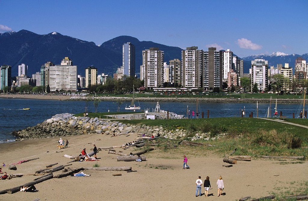 kitsalano beach across from the westend of Vancouver, British Columbia, Canada : Stock Photo
