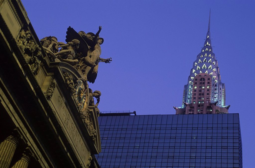 Stock Photo: 1990-30204 USA, New York City, Chrysler Building and Grand Central Station at twilight