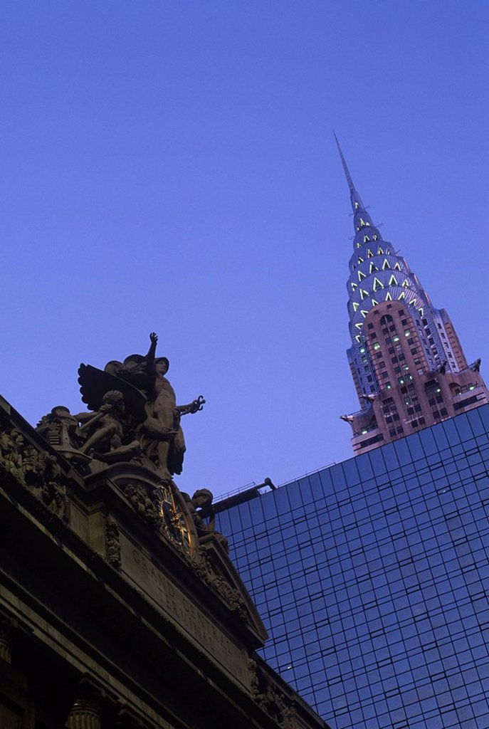 USA, New York City, Chrysler Building and Grand Central Station at twilight : Stock Photo