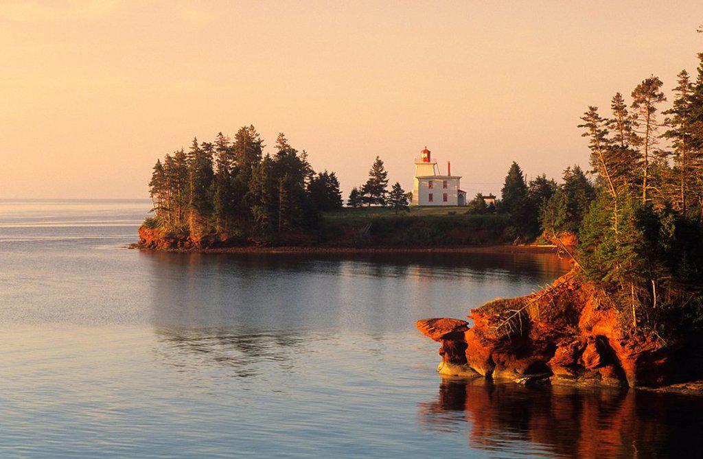 Stock Photo: 1990-3067 Blochhouse Lighthouse, Rocky Point, Prince Edward Island, Canada