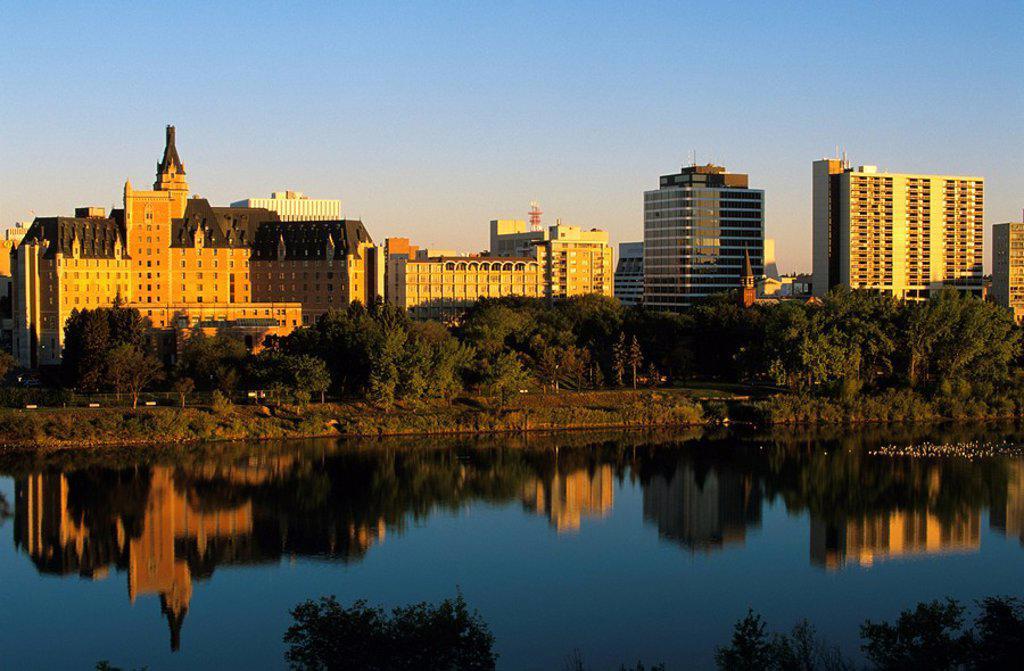 South Saskatchewan River and the Delta Bessborough hotel, Saskatoon, Saskatchewan, Canada : Stock Photo