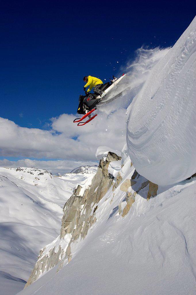 Skiier in backcountrey in Braelorne B.C, Canada, near Gold bridge : Stock Photo