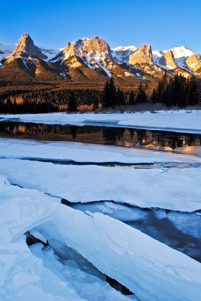 Stock Photo: 1990-34565 East End of Mount Rundle and the Bow River near Banff National Park, Alberta, Canada