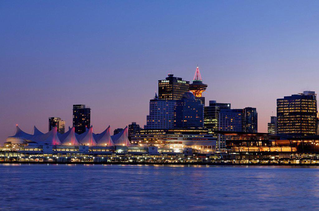 Vancouver skyline, Coal Harbour, Vancouver, British Columbia, Canada : Stock Photo