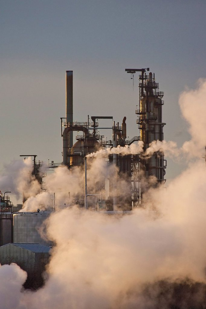 Oil refinery at sunrise, Edmonton, Alberta, Canada. : Stock Photo