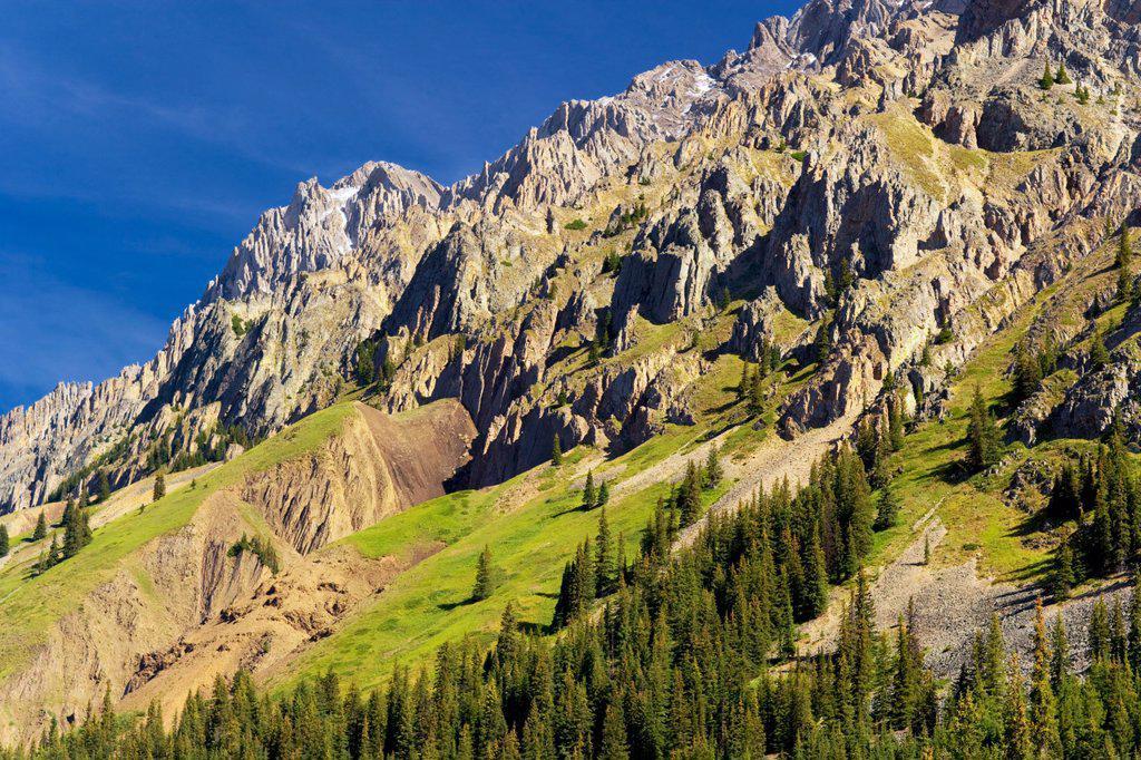 Stock Photo: 1990-42116 Elbow Pass, Peter Lougheed Provincial Park, Alberta, Canada