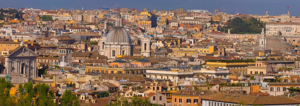 Stock Photo: 1990-43130 Overview of the historic center of Rome, Italy