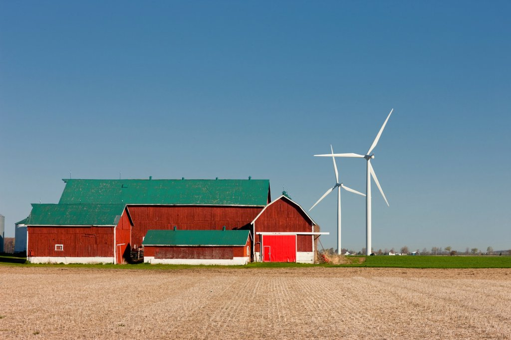 Wind turbines and barn, Talbot Trail, 3, Merlin, Ontario, Canada : Stock Photo