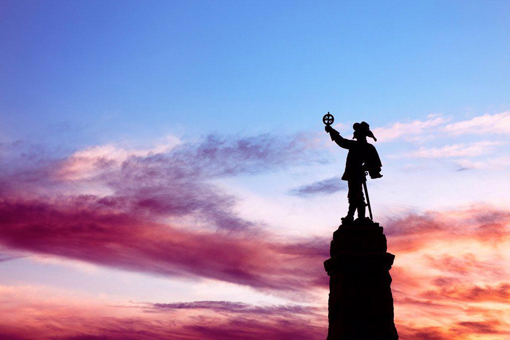 Statue of Samuel de Champlain, Nepean Point, Ottawa, Ontario, Canada : Stock Photo