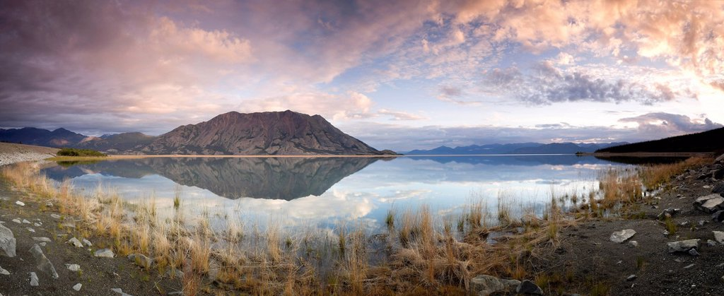 Spliced panoramic of Klaune Lake and Tachal Dhal Sheep Mountain, Kluane National Park and Reserve, Yukon Territory, Canada : Stock Photo