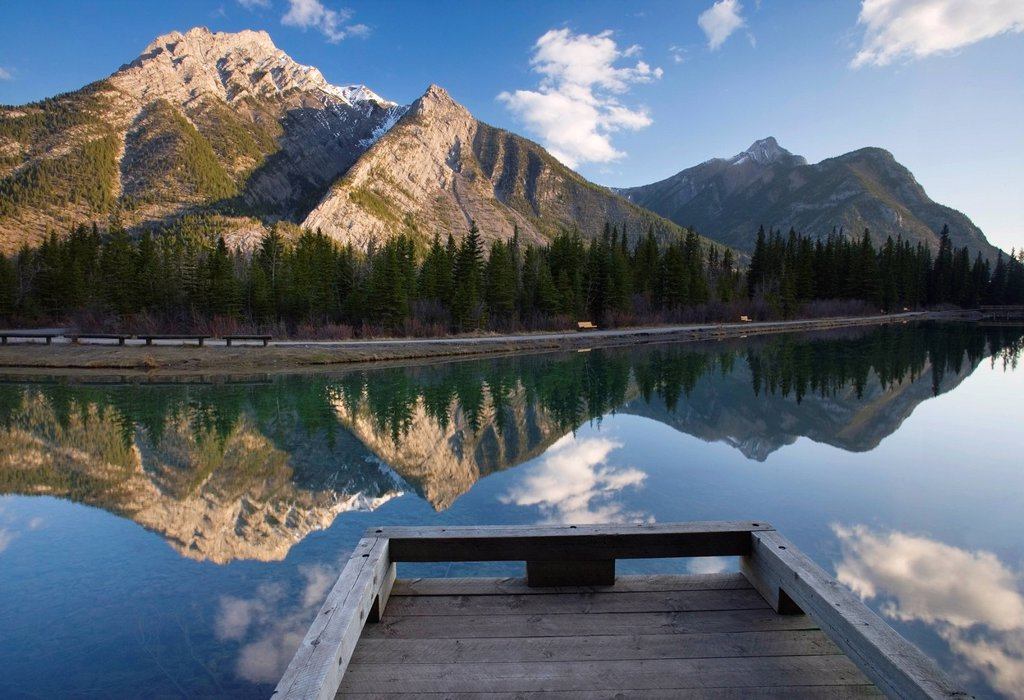 Stock Photo: 1990-53029 Mt. Lorette and Lorette Ponds Kananaskis Country, Alberta, Canada.