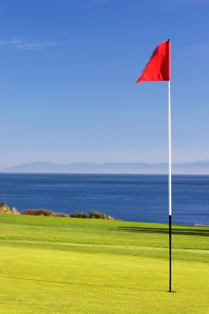 Golf green and Pacific Ocean, Victoria, British Columbia, Canada. : Stock Photo