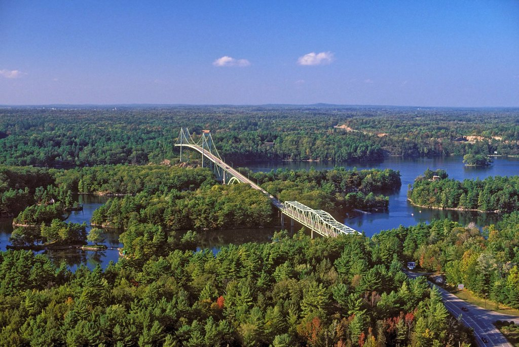 Thousand Islands International Bridge crosses over the St. Lawrence River between New York State, U.S.A. and Ontario, Canada. : Stock Photo