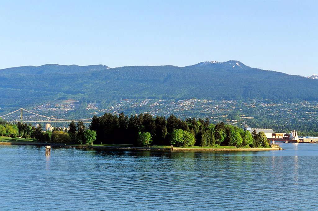 Stock Photo: 1990-5611 View of Stanley Park National Historic Site from downtown Vancouver, British Columbia, Canada