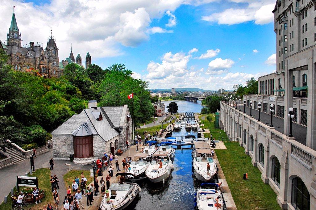 Boats moored at Rideau Canal Ottawa, Ontario, Canada : Stock Photo