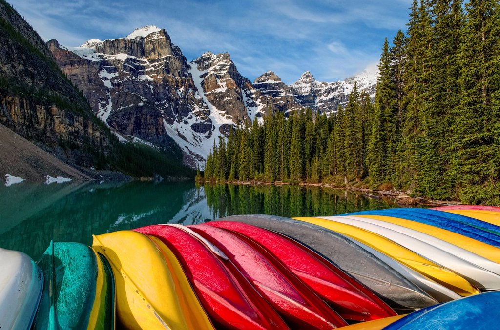 Stock Photo: 1990-65213 Colourful canoes, Moraine Lake, Banff National Park, Alberta, Canada
