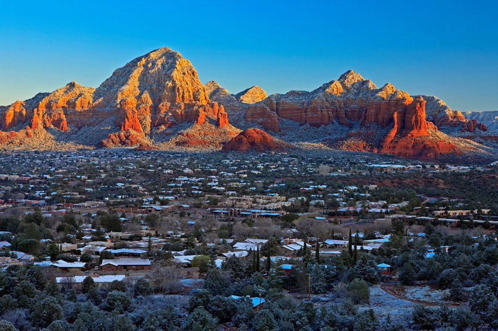 City of Sedona in winter after fresh snowfall, Arizona, USA : Stock Photo