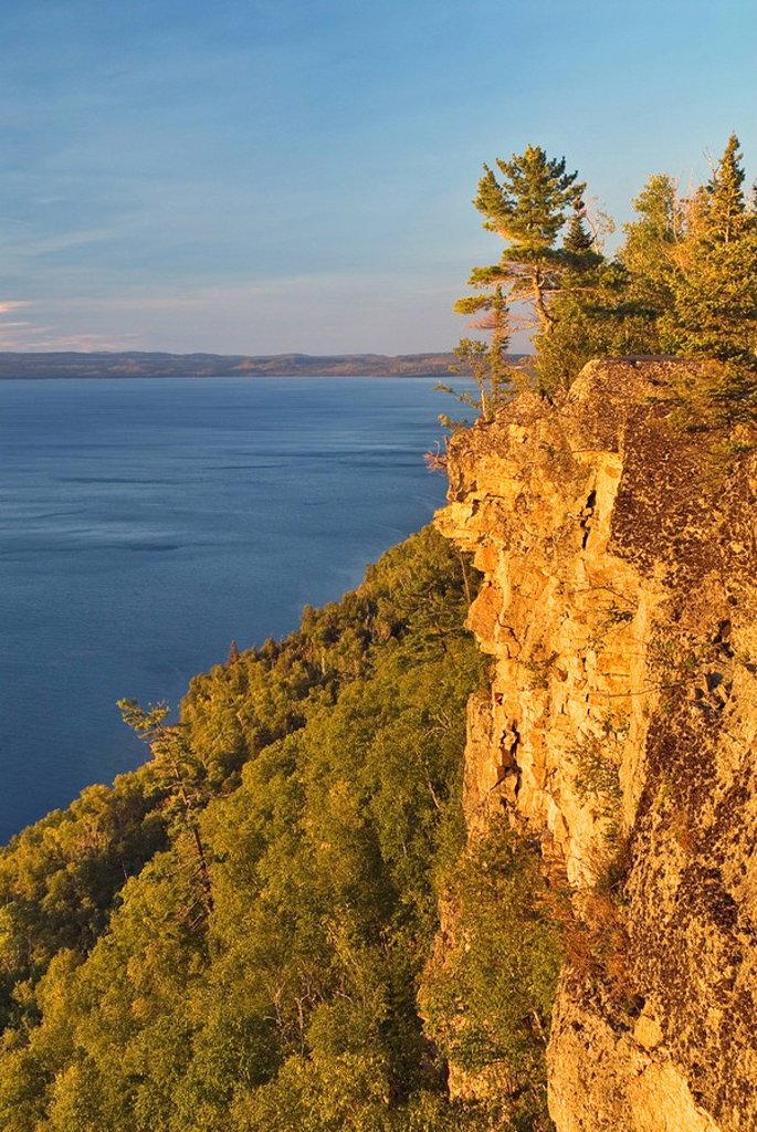 Over-looking Thunder Bay on Lake Superior from a towering escarpment in Sleeping Giant Provincial Park  Pass Lake, Ontario, Canada : Stock Photo