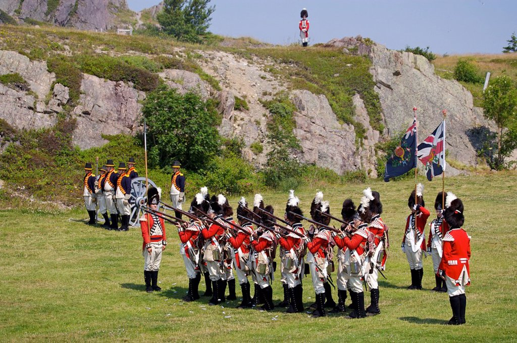 Stock Photo: 1990-8686 Mock Battle during the Signal Hill Tattoo, Military march and display at Signal Hill National Historic Site in St John´s, St John´s Harbour, St John´s Bay, Avalon Peninsula, Newfoundland & Labrador, Canada