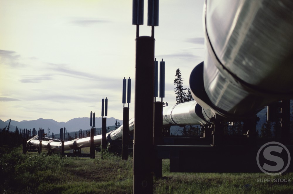 Stock Photo: 200-1073A Pipeline