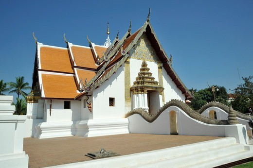 Stock Photo: 2003-602762 Thailand, Nan, Thai Buddhist Monastery Wat Phumin, founded in 1596