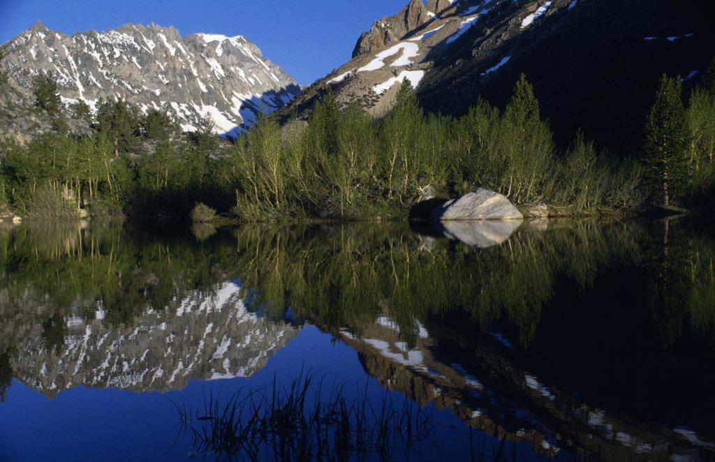 Stock Photo: 2005-1092 North Lake Sierra Nevada California USA