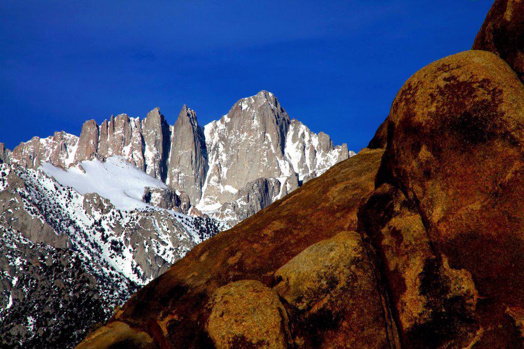 Stock Photo: 2005-594719 Mountains at sunrise, Alabama Hills, Mt Whitney, Californian Sierra Nevada, California, USA