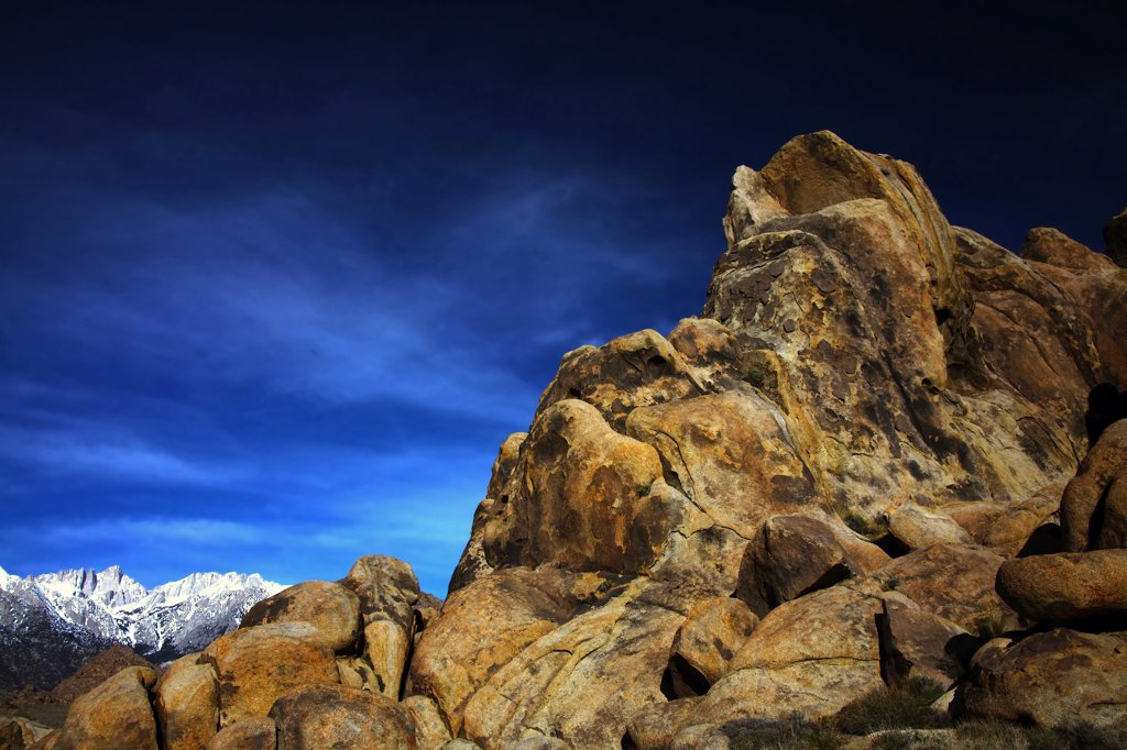 Stock Photo: 2005-594722 Hills with mountains at sunrise, Alabama Hills, Mt Whitney, Californian Sierra Nevada, California, USA
