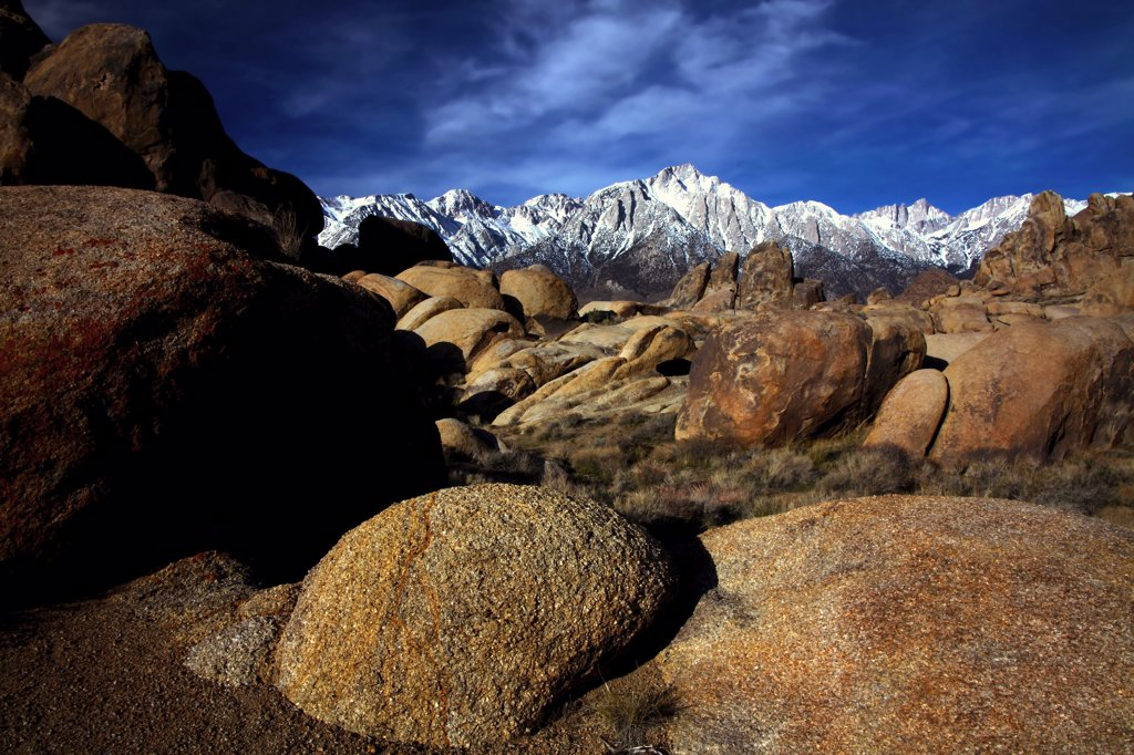 Mountains at sunrise, Alabama Hills, Lone Pine Peak, Mt Whitney, Californian Sierra Nevada, California, USA : Stock Photo