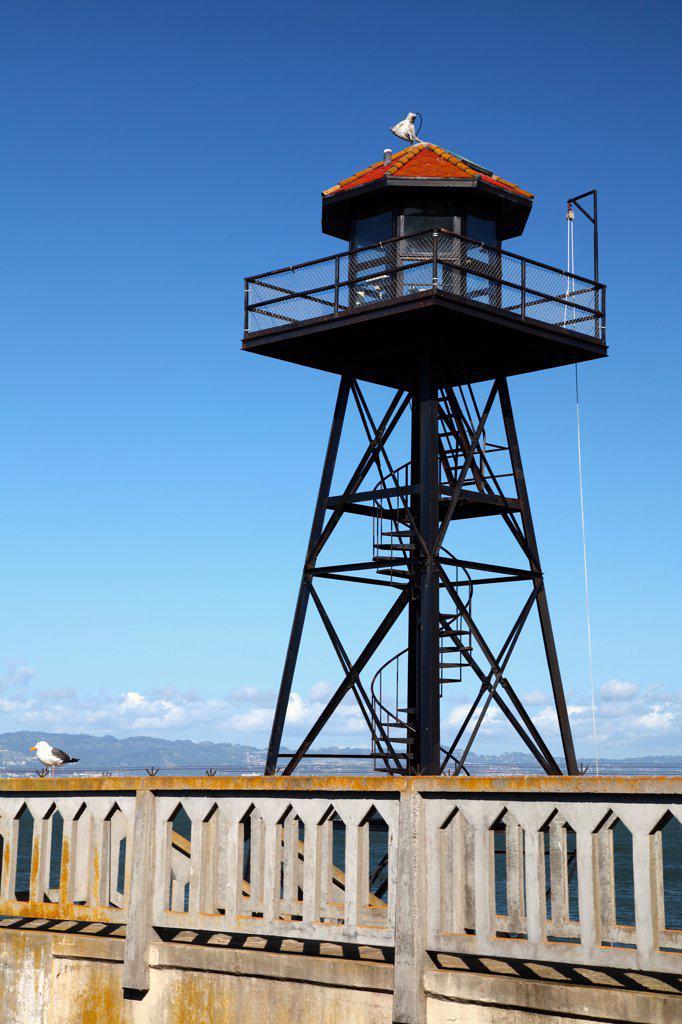 Stock Photo: 2005-595016 Alacatraz Prison Guard Tower, San Francisco Bay, California
