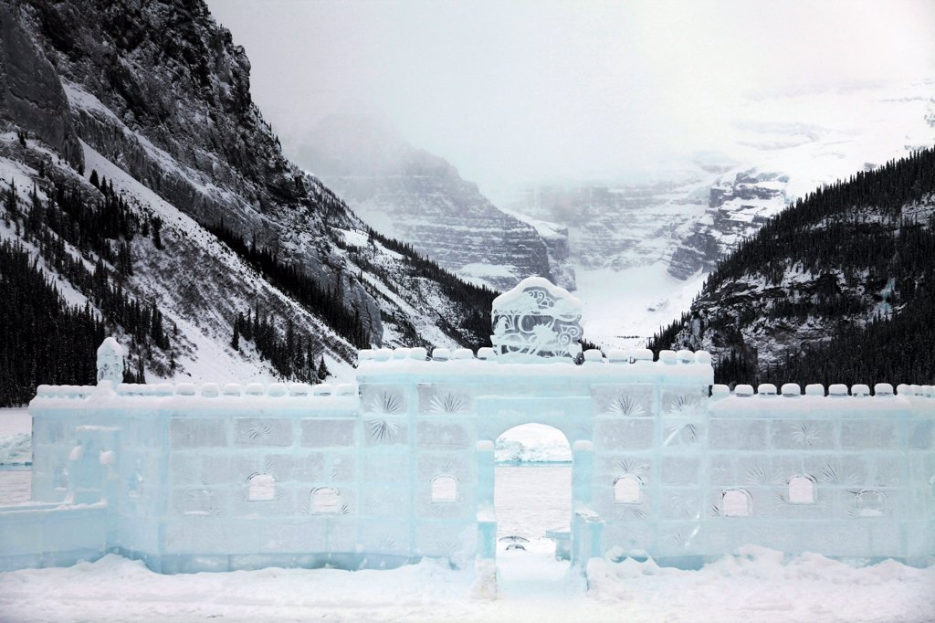 Stock Photo: 2005R-594636 Facade of an ice castle, Lake Louise, Banff National Park, Alberta, Canada
