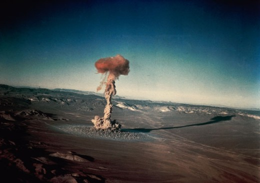 Stock Photo: 201-261 Atomic bomb testing in the desert