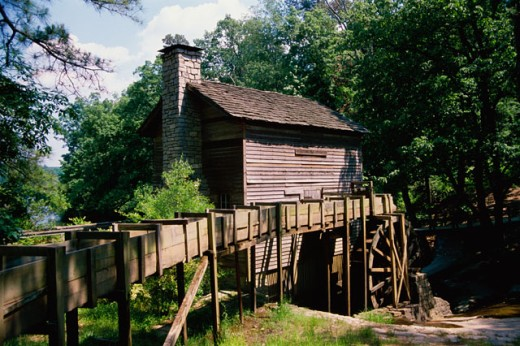 Stock Photo: 2014-122 Log cabin, Stone Mountain Park, Georgia, USA