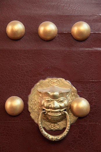Stock Photo: 2032R-600436 China, Kunming, Ornate door handle