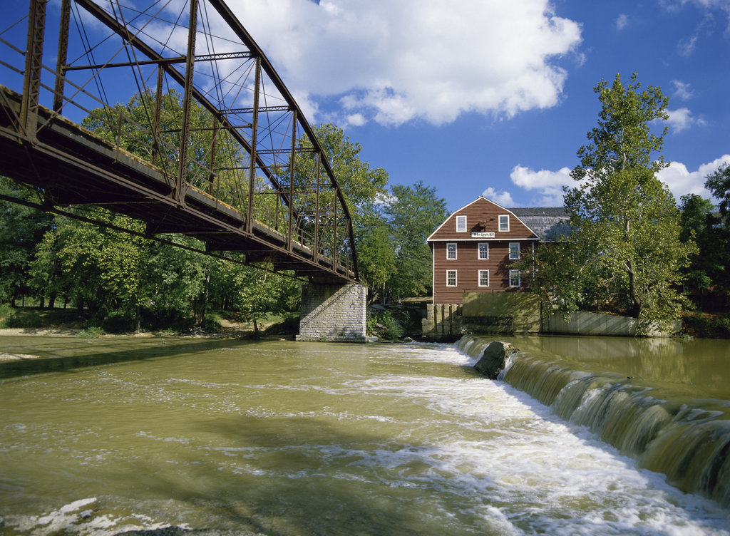 Stock Photo: 2048-600525 War Eagle Mill
