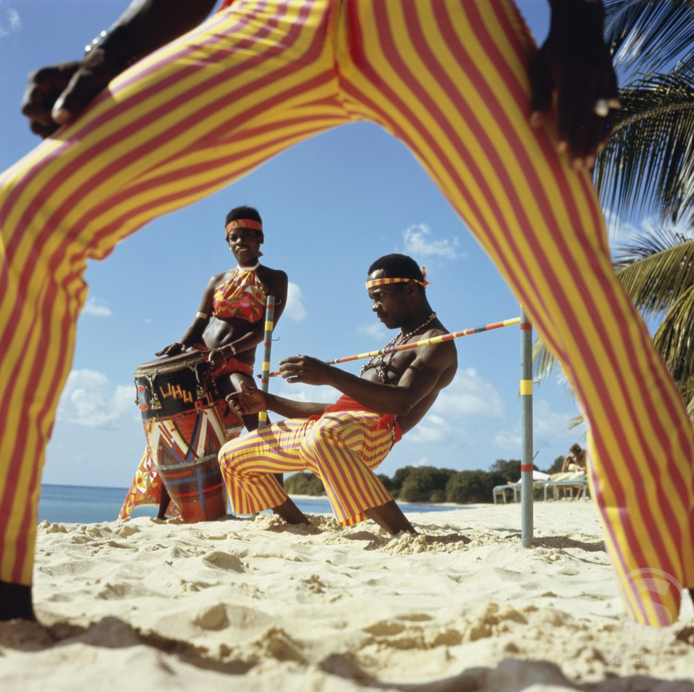 Stock Photo: 2058-453683 Limbo Dance