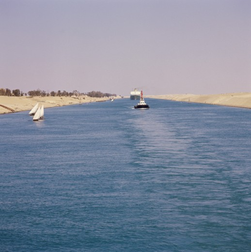 Stock Photo: 2058-516606 Suez Canal