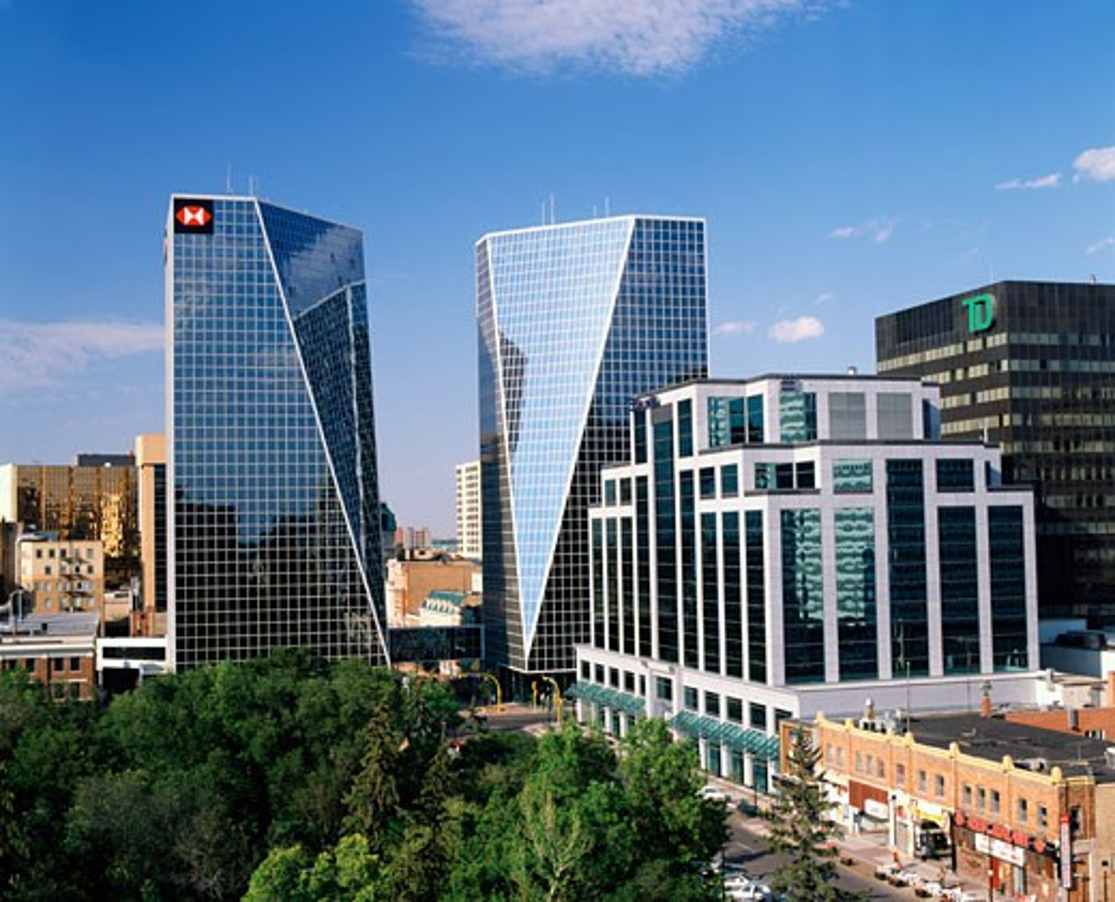 Stock Photo: 2070-1320 Canada, Saskatchewan, Regina, glass skyscrapers in downtown