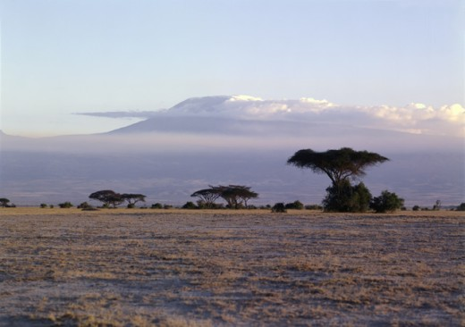 Stock Photo: 2076-524796 Mount Kilimanjaro