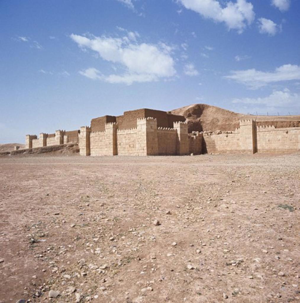 Stock Photo: 2102-2552 Nineveh Ruins Iraq