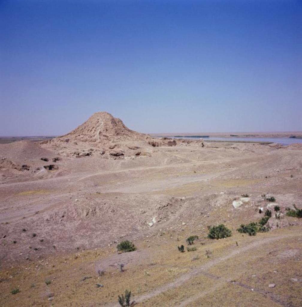 Stock Photo: 2102-489 Ziggurat Ashur Iraq