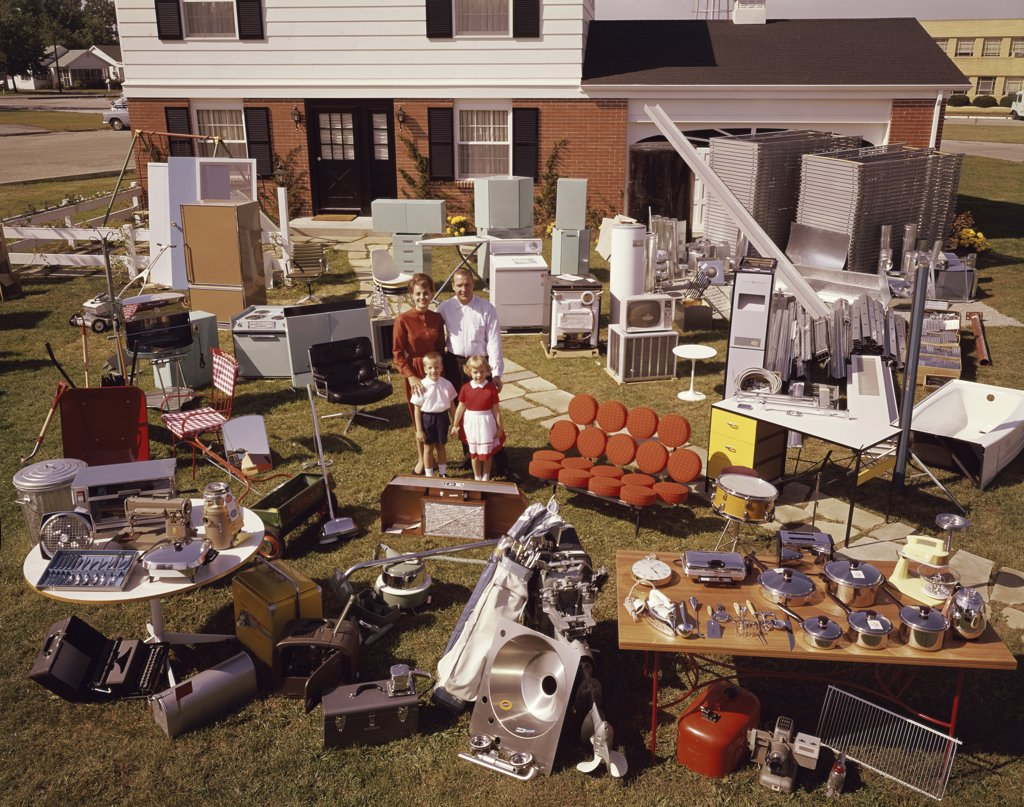 Stock Photo: 2108-466079 Yard sale